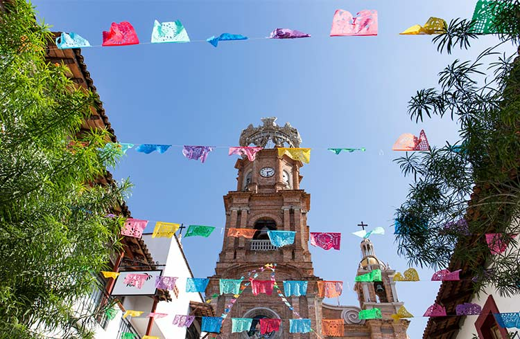 A World Nomad's Guide to Puerto Vallarta, Mexico