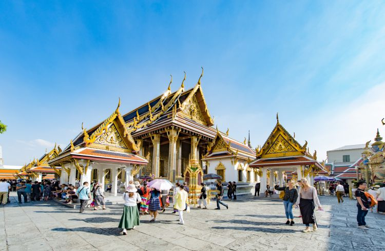 A Traveler's Guide to Thailand's Laws