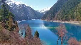 Sichuan's Alpine Wonderland: Jiuzhaigou National Park