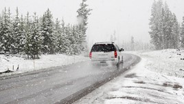5 Safe Driving Tips for a Winter Road Trip in Europe