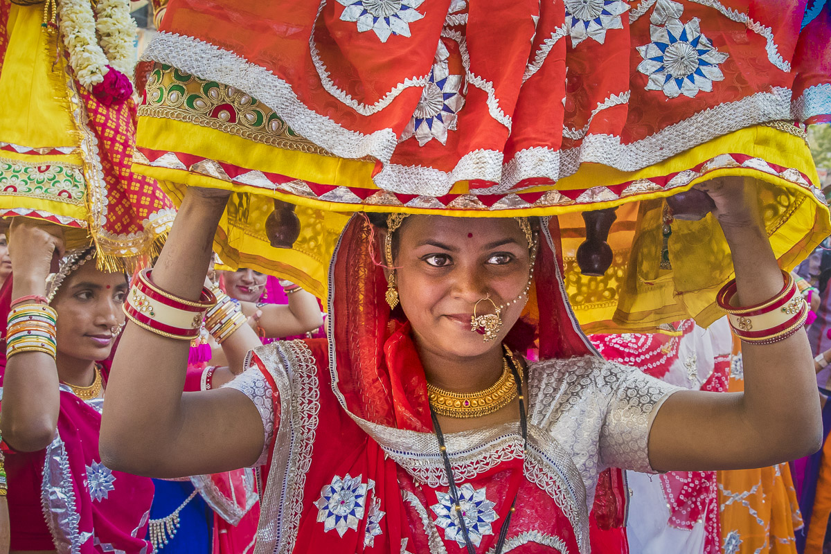 In India, events are celebrated in a grand way; the Mewar Festival of Udaipur which celebrates the arrival of spring is no exception. Observed throughout the state of Rajasthan with great fervour and devotion especially by womenfolk, it is distinct in its sacred recognition of the female spirit.
